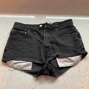 levi's 505 black jean shorts
